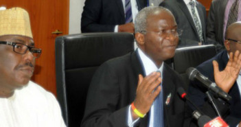 Federal Government to ReIntroduce Tolls Fashola