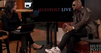 R kelly walks off live huff post interview