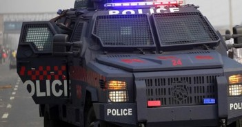 Re-run election: Alleged APC thug arrested with gun, fake police and military uniforms in Rivers State