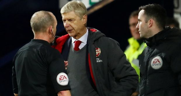 Wenger tags ref Mike Dean a disgrace, dishonest
