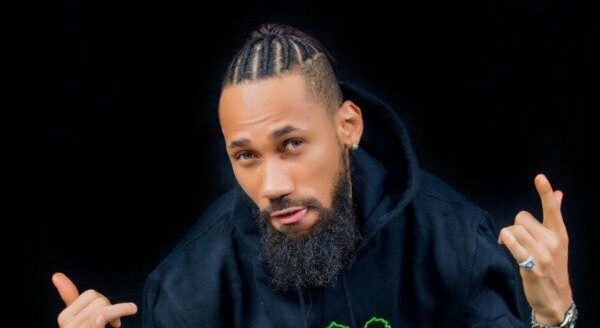 Phyno reveals his taste of girls, see it here
