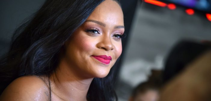 Rihanna to launch own luxury fashion label